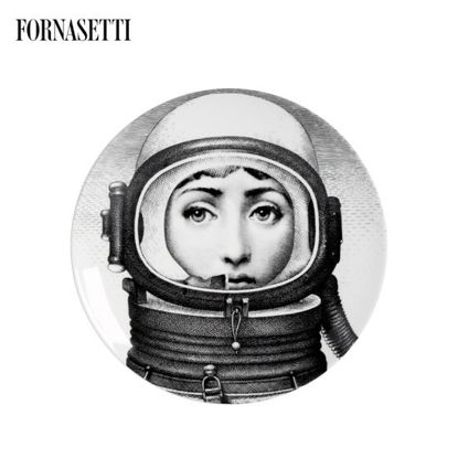 Picture of Fornasetti Porcelain Wall plate Tema e Variazioni n°181 black/white