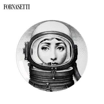 Picture of Fornasetti Porcelain Wall plate Tema e Variazioni n°181 black/white