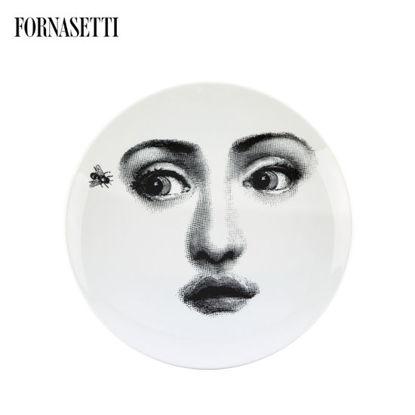 Picture of Fornasetti Porcelain Wall plate Tema e Variazioni n°364 black/white