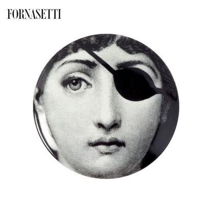 Picture of Fornasetti Porcelain Wall plate Tema e Variazioni n°8 black/white