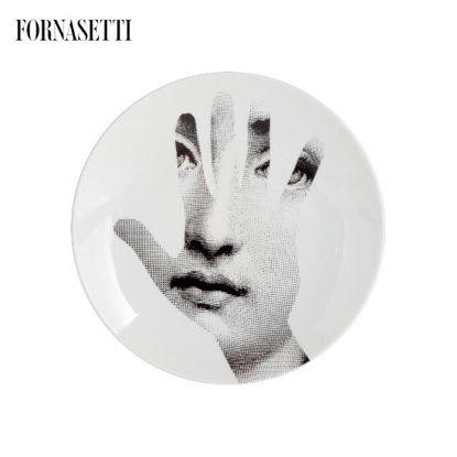 Picture of Fornasetti Porcelain Wall plate Tema e Variazioni n°15 black/white