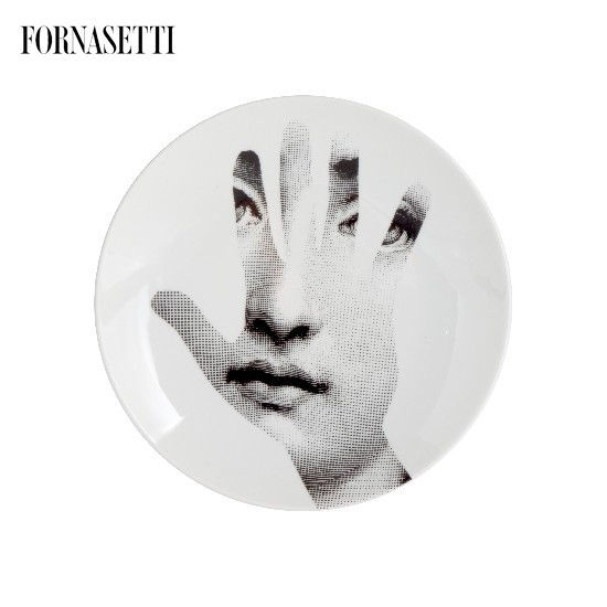 Picture of Fornasetti Porcelain Wall plate Tema e Variazioni n°15 black/white