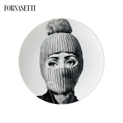 Picture of Fornasetti Porcelain Wall plate Tema e Variazioni n°160 black/white