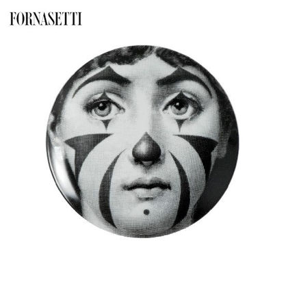 Picture of Fornasetti Porcelain Wall plate Tema e Variazioni n°122 black/white