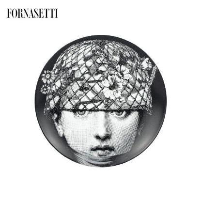 Picture of Fornasetti Porcelain Wall plate Tema e Variazioni n°384 black/white