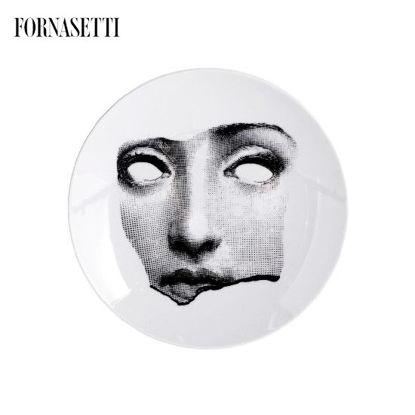 Picture of Fornasetti Porcelain Wall plate Tema e Variazioni n°64 black/white