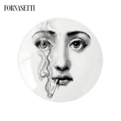 Picture of Fornasetti Porcelain Wall plate Tema e Variazioni n°81 black/white