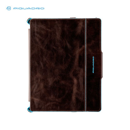 Picture of PIQUADRO BLUE SQUARE IPAD2 AND THE NEW IPAD STAND
