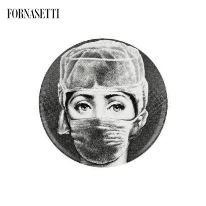 Picture of Fornasetti Wall plate Tema e Variazioni n°268 black/white